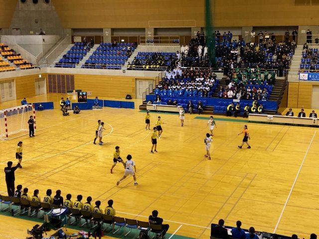 女子決勝の石川県選抜対埼玉県選抜の写真