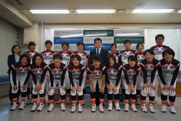埼玉アストライアの選手らが市長表敬に訪れました!